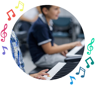 https://www.nuovascuolamusicale.com/wp-content/uploads/2019/08/junior-ensamble-advanced-course.png